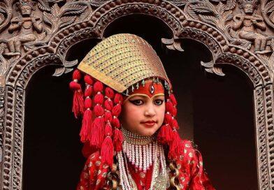Starobylá nepálská tradice panenské bohyně Kumárí
