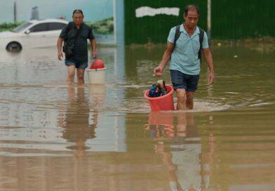 Asii zasáhly na mnoha místech ničivé povodně